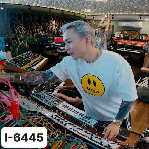 I6445 Ao Thun Nam In Icon Vui Ve Drew