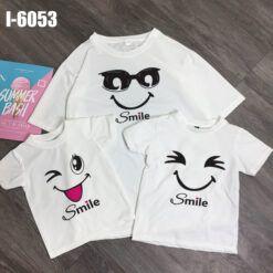 i6053 ao thun dong phuc gia dinh mau trang in mieng cuoi smile 6879